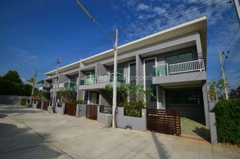 3 Bedroom Townhouse for sale in Thalang, Phuket