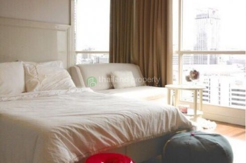 1 bedroom condo for rent in The Address Chidlom near BTS Chit Lom