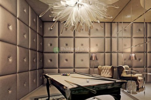 3 bedroom condo for sale in KHUN by YOO inspired by Starck near BTS Thong Lo
