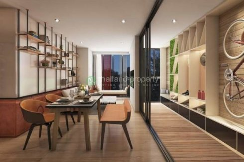 2 Bedroom Condo for sale in Taka Haus Ekamai 12, Khlong Tan Nuea, Bangkok near BTS Ekkamai