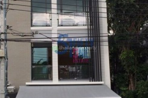 3 Bedroom Townhouse for rent in Baan Klang Muang Rama 9-Ramkhamhaeng, Phlapphla, Bangkok