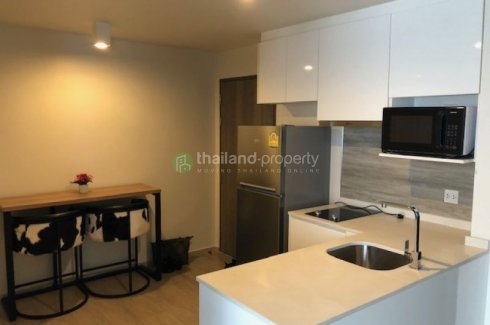 2 Bedroom Condo for rent in Maestro 02 Ruamrudee, Lumpini, Bangkok near BTS Ploen Chit