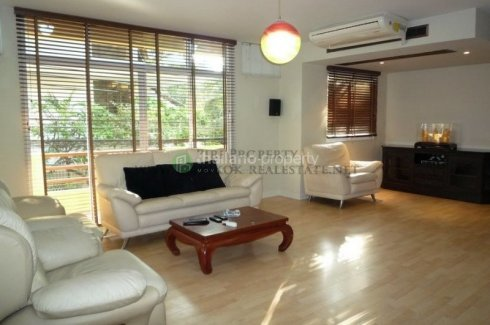 4 bedroom townhouse for rent in Khlong Tan, Khlong Toei