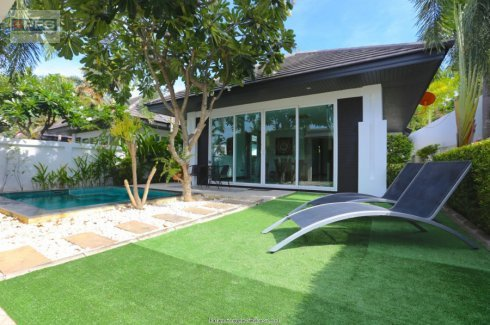2 Bedroom House for sale in Chonburi
