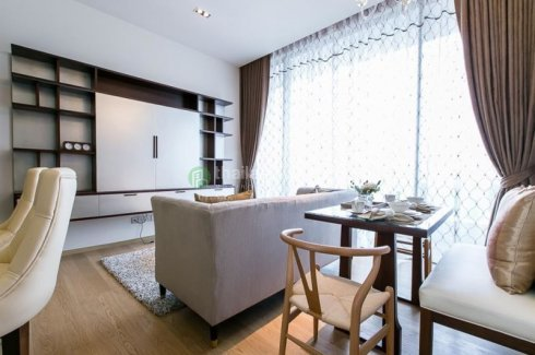 Luxury One Bedroom Unit Decorated In Beautiful Style Featuring Lumpini Garden View Condo For Sale In Bangkok Thailand Property