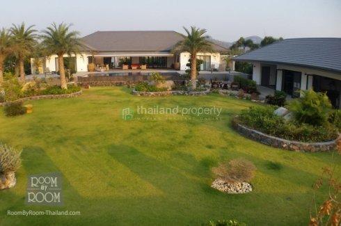 5 bedroom villa for sale in Hua Hin, Prachuap Khiri Khan