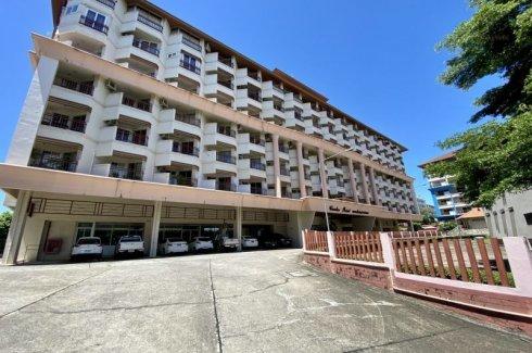 1 Bedroom Condo for sale in Center Point, Na Kluea, Chonburi