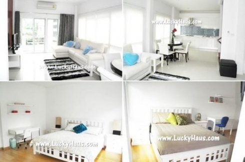 2 bedroom townhouse for rent near BTS Phrom Phong