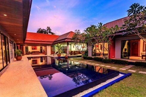 5 bedroom villa for rent in Nai Harn, Mueang Phuket