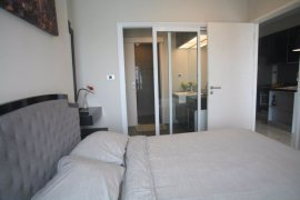 1 bedroom condo for rent in The Crest Sukhumvit 34 near BTS Thong Lo
