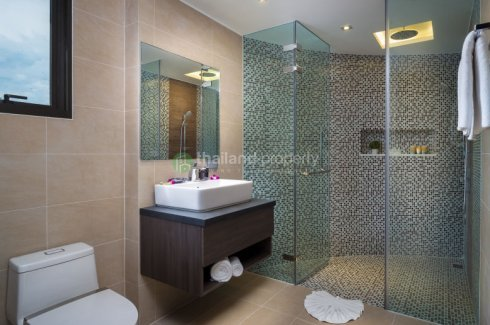 2 Bedroom Condo for sale in Absolute Twin Sands Resort & Spa, Patong, Phuket