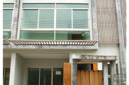 2 bedroom townhouse for sale or rent in Ratsada, Mueang Phuket