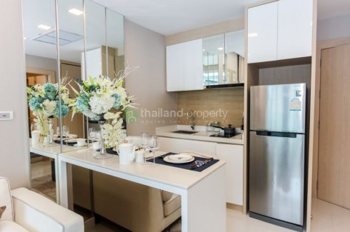 1 Bedroom Condo for sale in Delmare Bangsaray Beachfront, Bang Sare, Chonburi