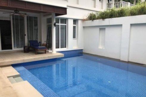 4 Bedroom House for rent in Khlong Toei, Bangkok near MRT Sukhumvit