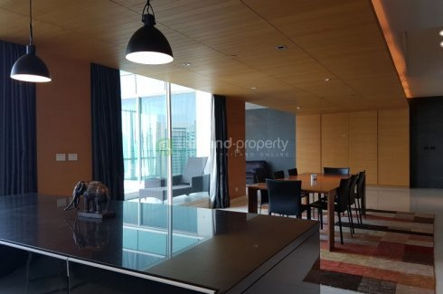 3 bedroom condo for rent in Bangkok