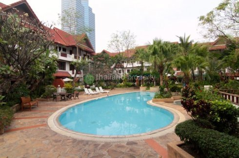 3 Bedroom Townhouse for rent in Khlong Toei Nuea, Bangkok near BTS Thong Lo