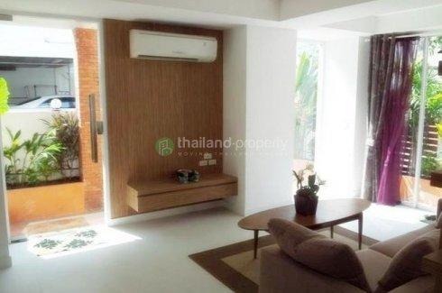 4 bedroom townhouse for sale in Sam Sen Nai, Phaya Thai