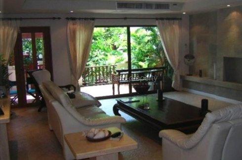 4 Bedroom Townhouse for rent in Khlong Tan Nuea, Bangkok