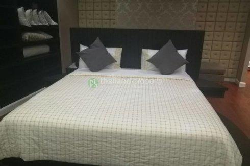 Luxury Duplex 3 beds at Millennium Sukhumvit 20 BTS Asoke. 📌 Condo ...