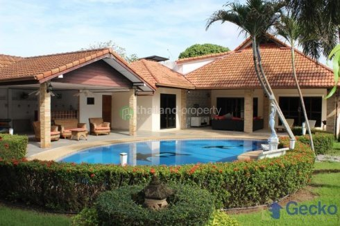 5 bedroom house for sale in East Pattaya, Pattaya
