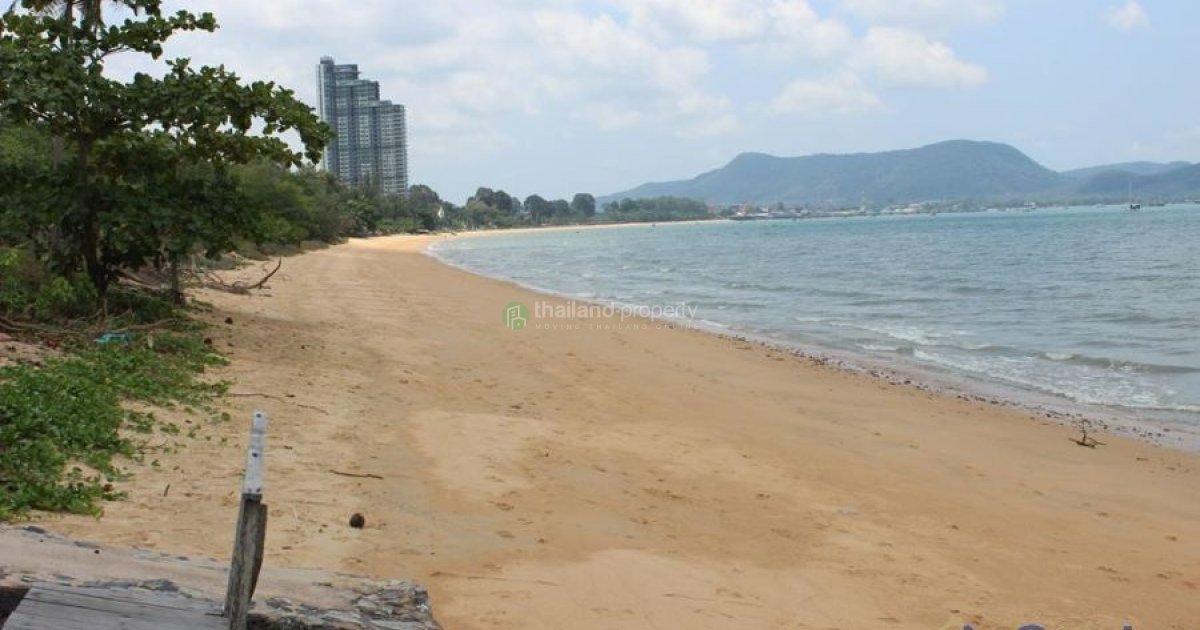 bang saray beach chonb - 850×566